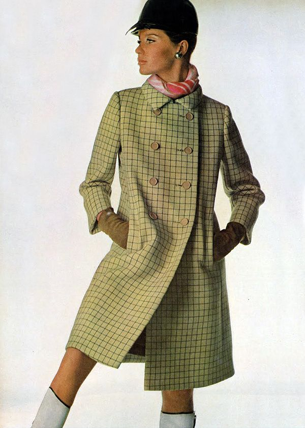 Veruschka by Penn. Vogue 1966