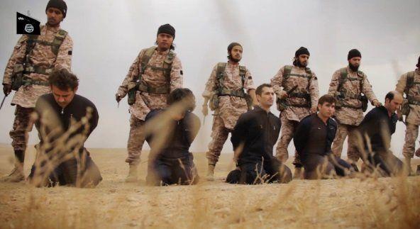 Der investigative Journalist Tony Gosling erhob schwere Vorwürfe gegen die westliche Welt. Diese soll seit 2011 in Syrien Terroristen und Rebellen fördern, um den syrischen Präsidenten Bashar al-Assad zu stürzen. Spezialeinheiten aus dem Westen sollen sogar vor Ort Terroristen aus aller Welt unterstützen.