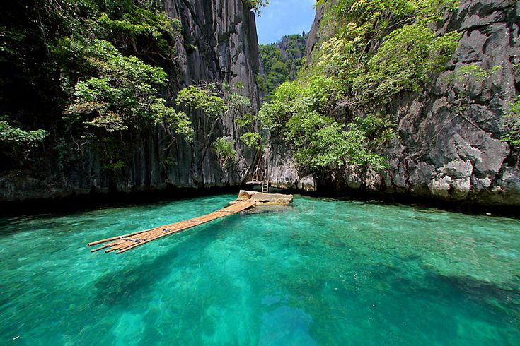 passage to Twin Lagoon, Coron