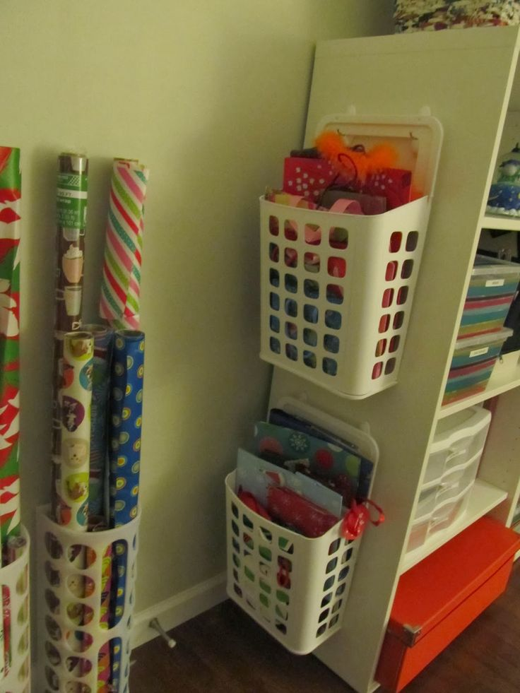 Organizing Gift Wrap & Gift Bags, Craft Room Organization.  Like the gift bag idea