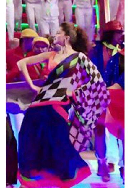 Deepika Padukone Chess Print Saree for Lungi Dance - Chennai Express