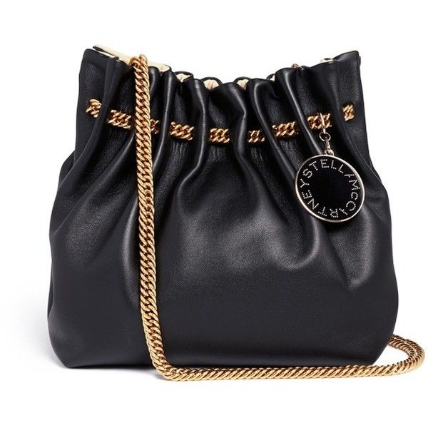 Stella Mccartney 'Noma' curb chain eco leather bucket bag (€1.280) ❤ liked on Polyvore featuring bags, handbags, black, carryall bag, bucket bag, logo bags, stella mccartney bags and black handbags
