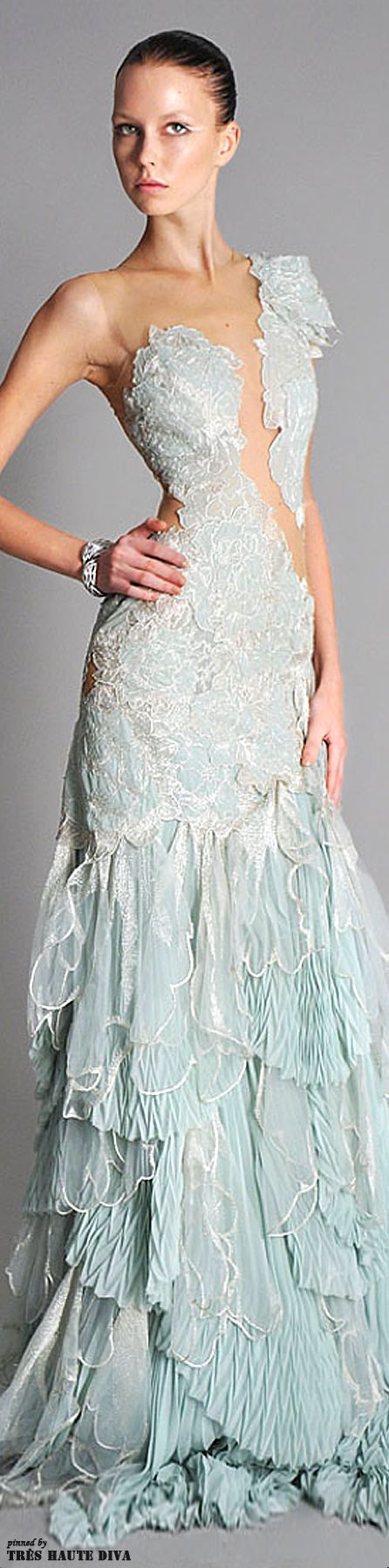344 best Marchesa ROCKS!! images on Pinterest | Evening gowns ...