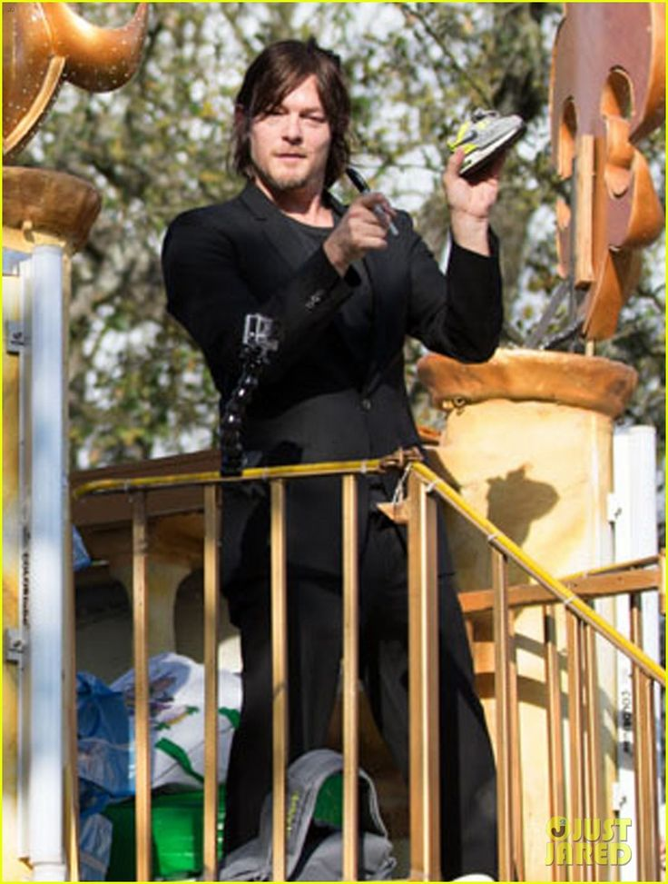 Ian Somerhalder & Norman Reedus Throw Mardi Gras Beads in New Orleans! | Ian Somerhalder, Norman Reedus Photos | Just Jared