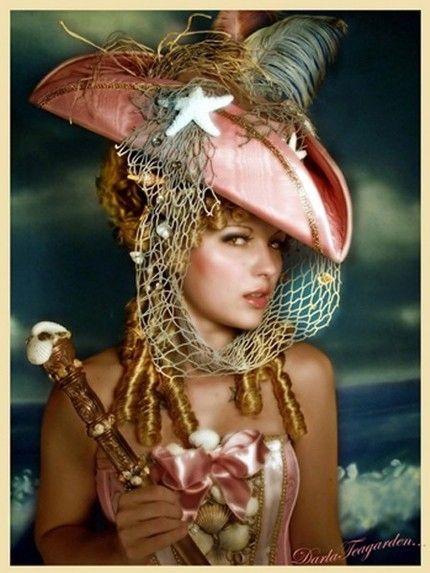 Best 25+ Pirate wedding dress ideas on Pinterest | Pirate ...
