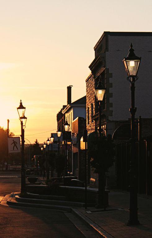 downtown medicine hat alberta sunrise photography