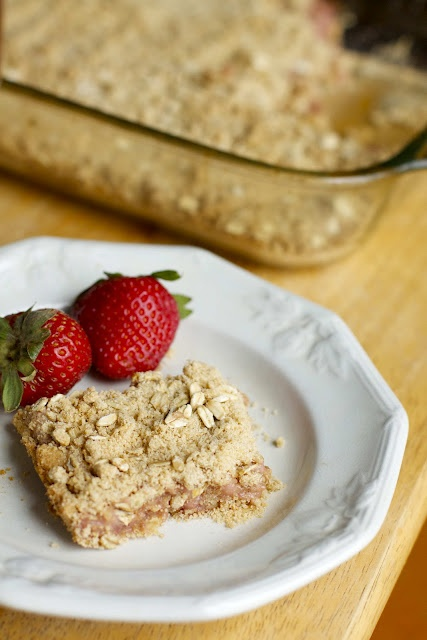 Strawberry Cream Cheese Crumble Bars. With real cream cheese. Too ...