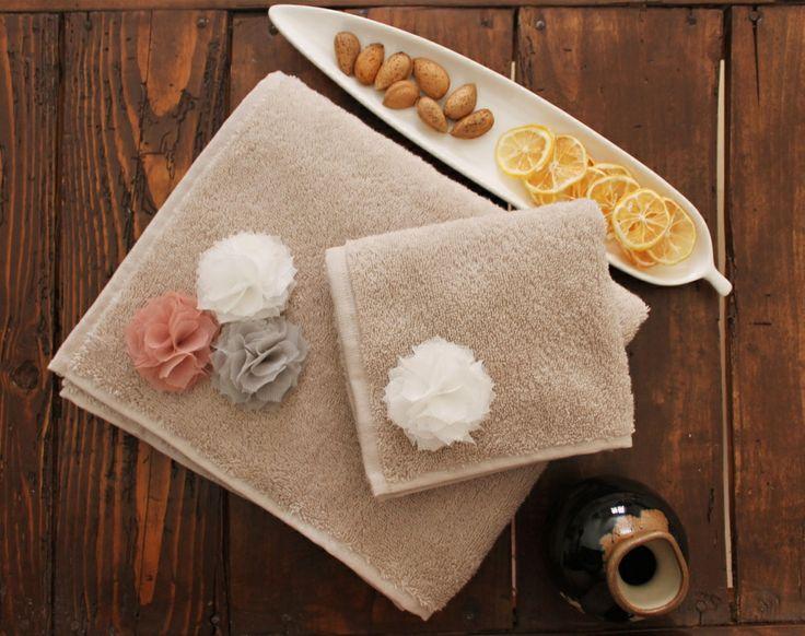 Fuzzy havlu / Barine Home Fuzzy towel / Barine Home http://www.evimhayatim.com/Fuzzy-El-Havlusu-Bej_7702.html