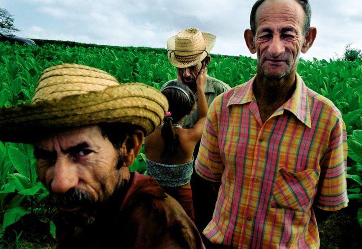 Cuba: Ernesto Bazan's Self-Publishing Photography Philosophy