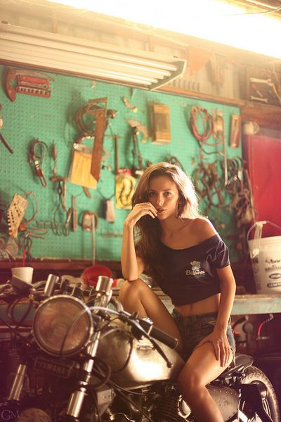 Jacqui and the bobber in a Biltwell shirt. Photo by Garret Meyers.