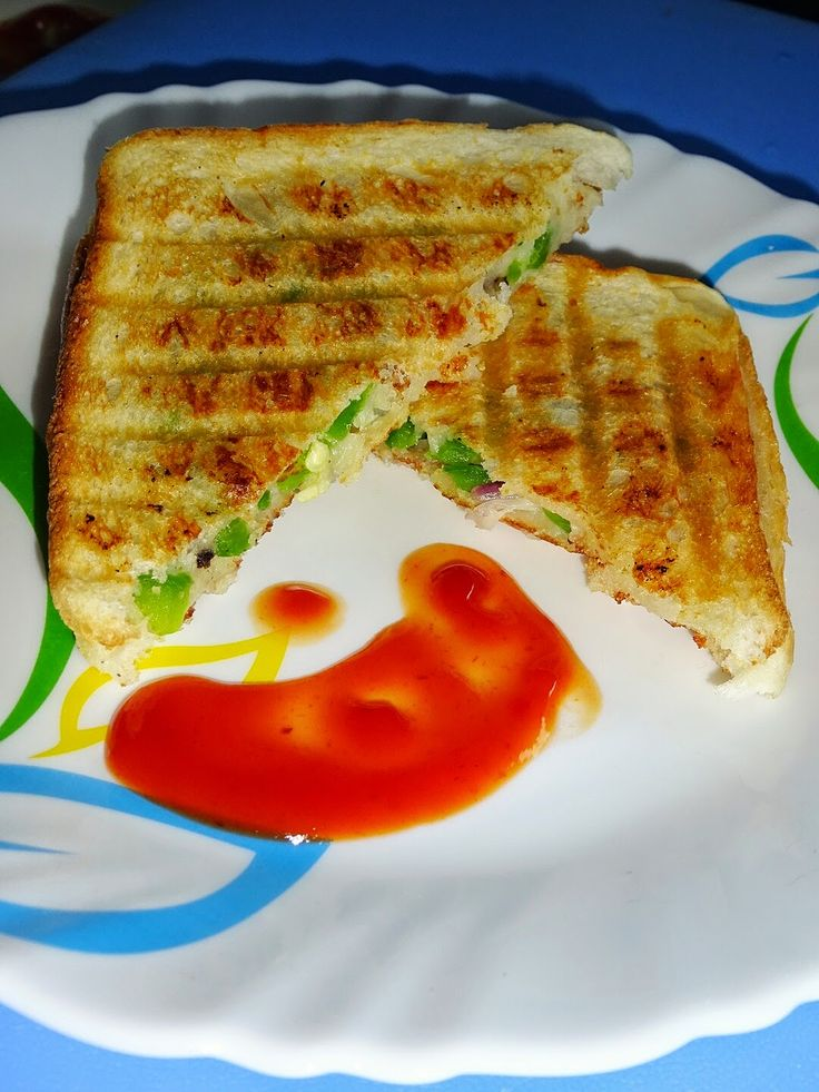 Cheese Capsicum Grilled Sandwich Today's recipe of Cheese #Capsicum Onion #Grilled #Sandwich is an excellent amalgamation of capsicum, cheese, black peppercorns and onions.  #sandwichrecipes #vegsandwich #healthybreadsandwich #breadsandwich