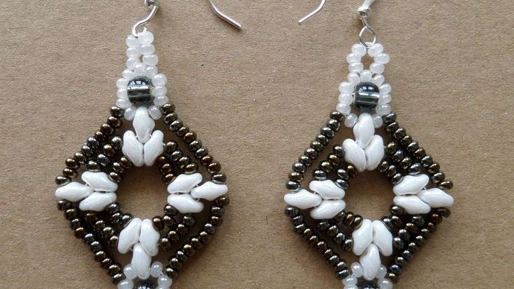 How To Make Sparkling Beaded Earrings #Seed #Bead #Tutorials-