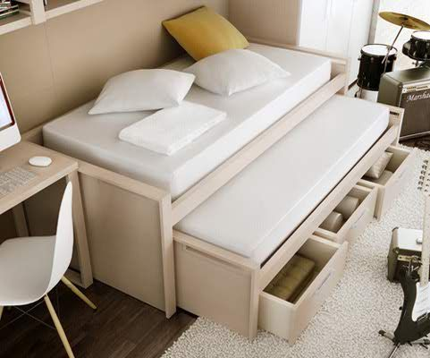 Another good idea for small bedroom! 5 Teenage Room Design Ideas With Details
