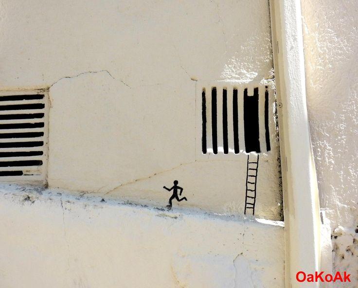Run away!!  By the France artist Oakoak.Street Artists, Street Art Utopia, Urbanart, Urban Art, Art Urbano, Prison Breaking, The Great Escape, Running Away, Streetart