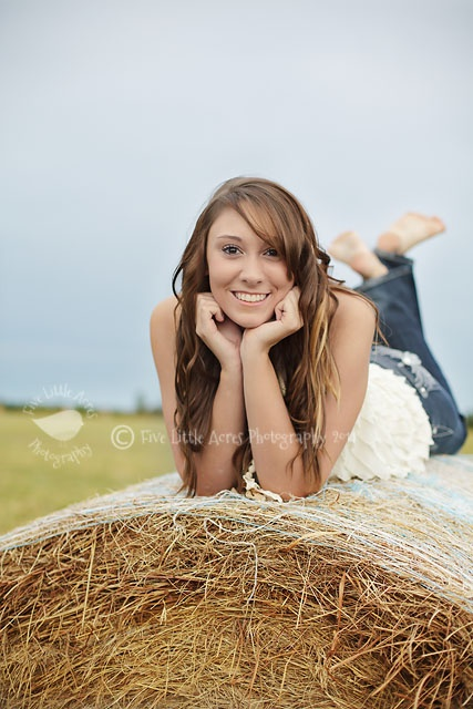 Want this for senior pics :)