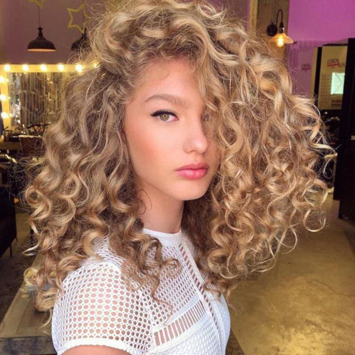 Modern Relaxed Perms That Will Change Your Mind About Perms Permed Hairstyles Long Hair Perm Hair Styles