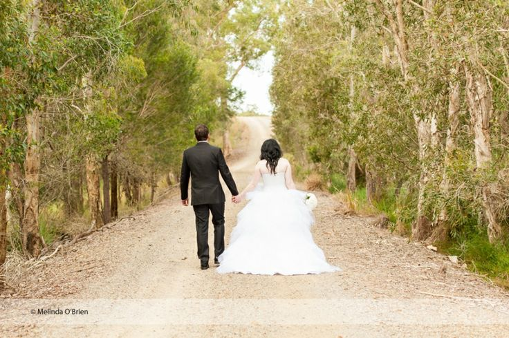 A wedding amongst the vines – Sirromet Wines Wedding Photography - www.chantillylacephotography.com.au