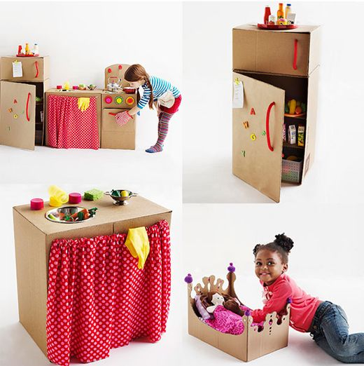 cardboard kitchen.. because you can make anything out of boxes!