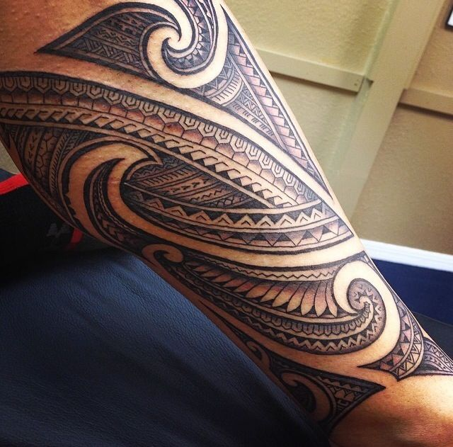 samoan tattoo Samoa is one of the many islands around a sub region of oceania collectively referred to as polynesia samoan tattoos can also be referred to as polynesian.