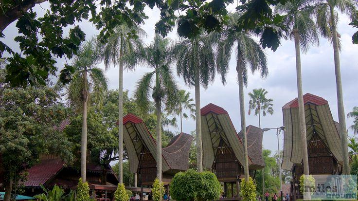 - Check more at https://www.miles-around.de/asien/indonesien/langer-weg-nach-jakarta/,  #AirAsia #Flughafen #Indonesien #Jakarta #Reisebericht