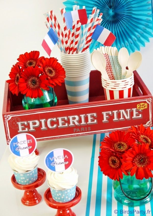 14 Juillet Sweet Table avec Printables FREEBIES!! #14juillet #bleublancrouge #sweettable