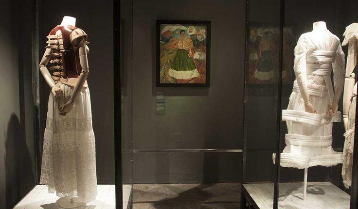 """Artistas mexicanos llevan a EUA """"museo portátil"""" sobre Frida Khalo"""
