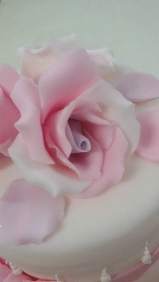i fiori. particolare https://twitter.com/simocakedesign