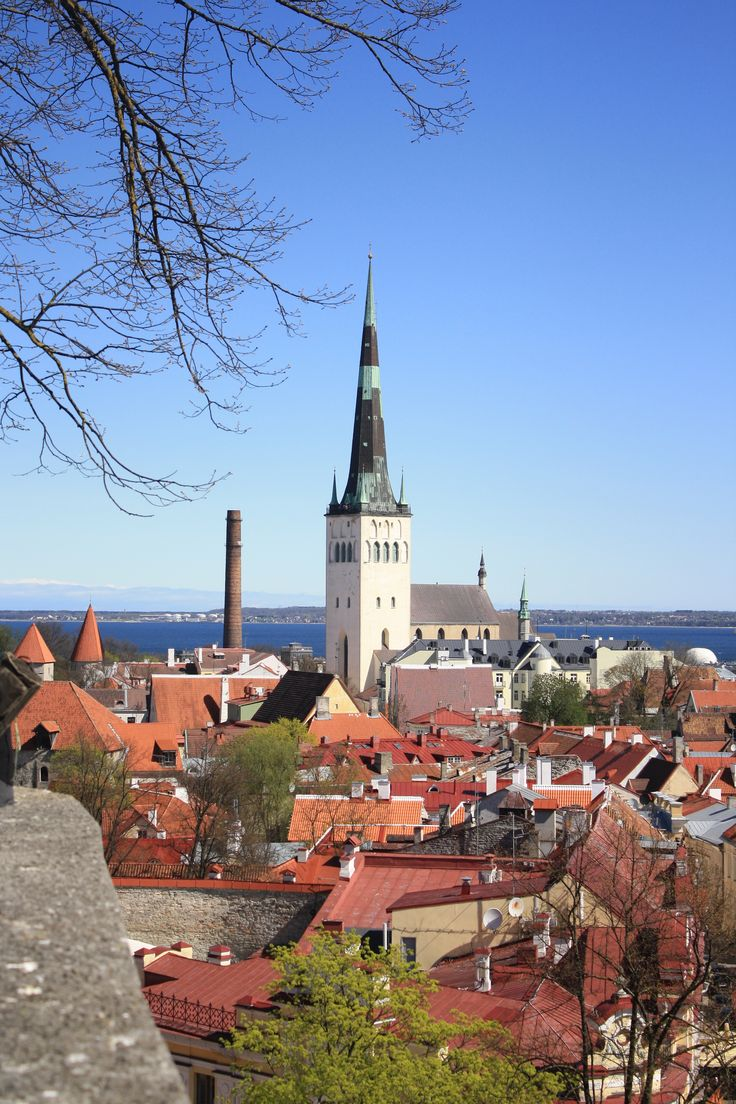 Tallinn - the easiest place to visit. Only a couple of hours Helsinki by boat! #Helsinki #Tallinn
