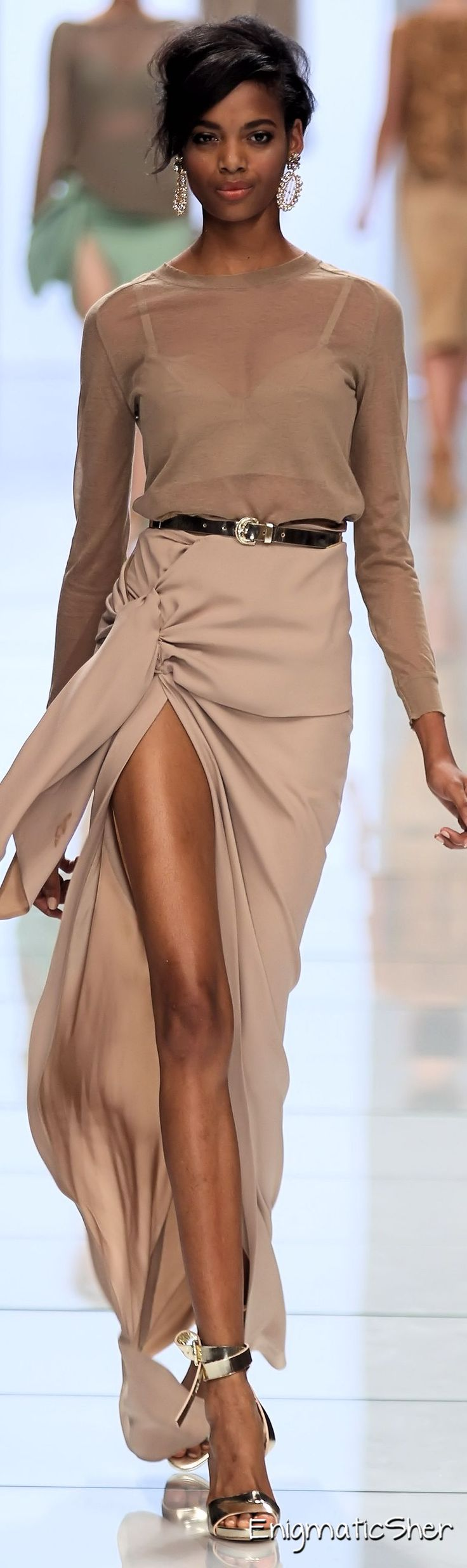 Ermanno Scervino Spring Summer 2012 Ready-To-Wear.........  REGISTER FOR THE RMR4 INTERNATIONAL.INFO PRODUCT LINE SHOWCASE WEBINAR BROADCAST at: www.rmr4international.info/500_tasty_diabetic_recipes.htm    .......      Don't miss our webinar!❤........