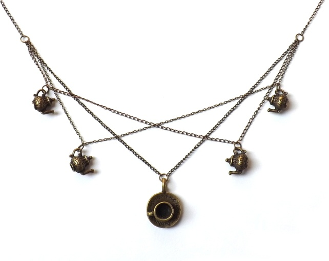 Teapot and Teacup Zigzag Necklace £14.00