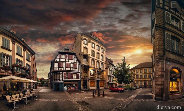 https://flic.kr/p/MD2cas | Puesta de sol en Colmar, Alsacia, Francia | Twilight street scene in Colmar, Alsace, France dleiva.com/
