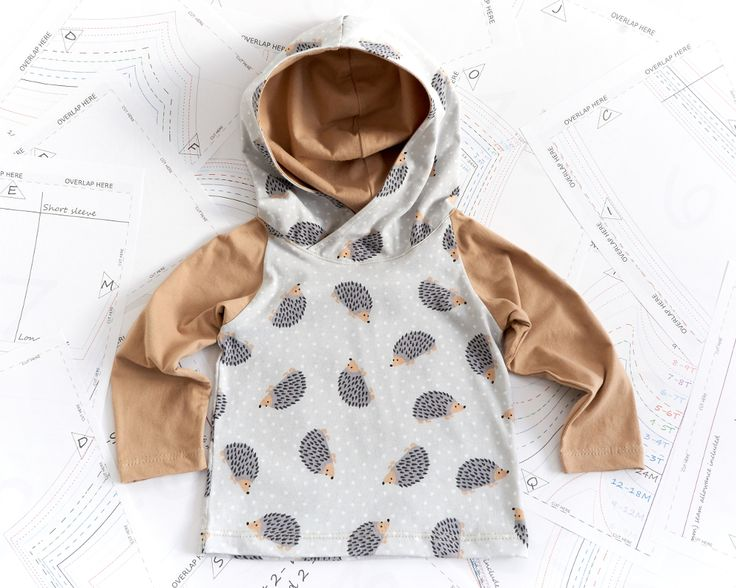 This is an easy hoodie and classic t-shirt sewing pattern with real color step-by-step instructions.