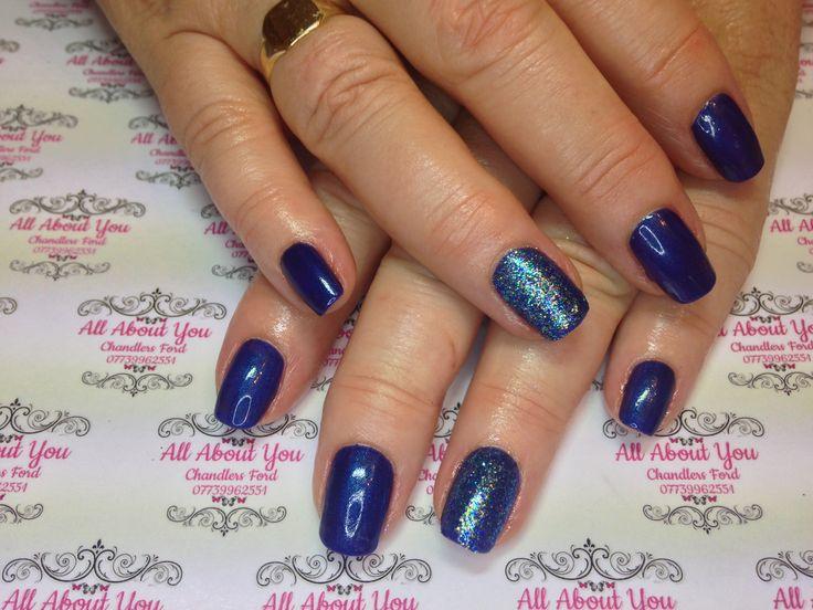 #snowflake #caution #gel #manicure