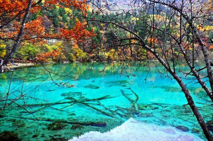 The world's six most beautiful lakes.