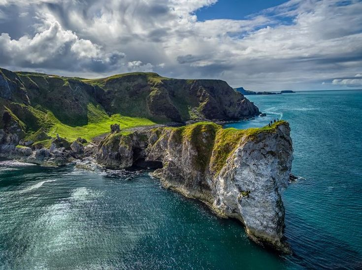 5 Tips for Setting the Focus in Your Landscape Photography. www.robflorexplor...