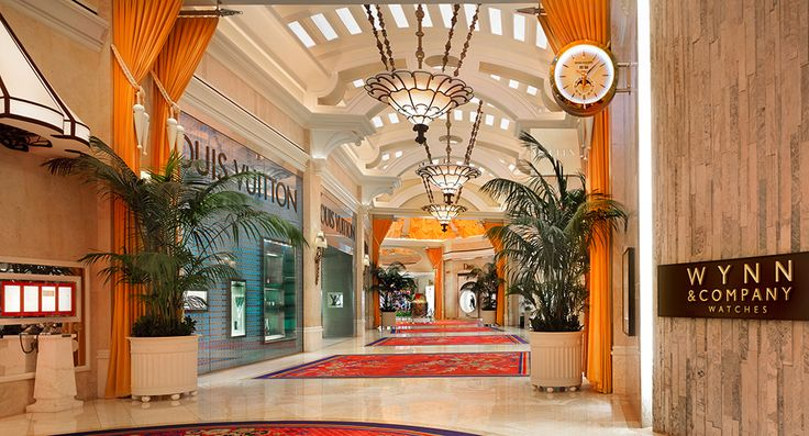 Ping At 5 Star Hotel Wynn Las Vegas This S Address Is 3131 Blvd South The Strip Nv 89109 And Have 2716 Rooms