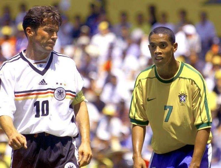 Lothar Mathaus e Ronaldinho Gaúcho. em 2020 Ronaldinho
