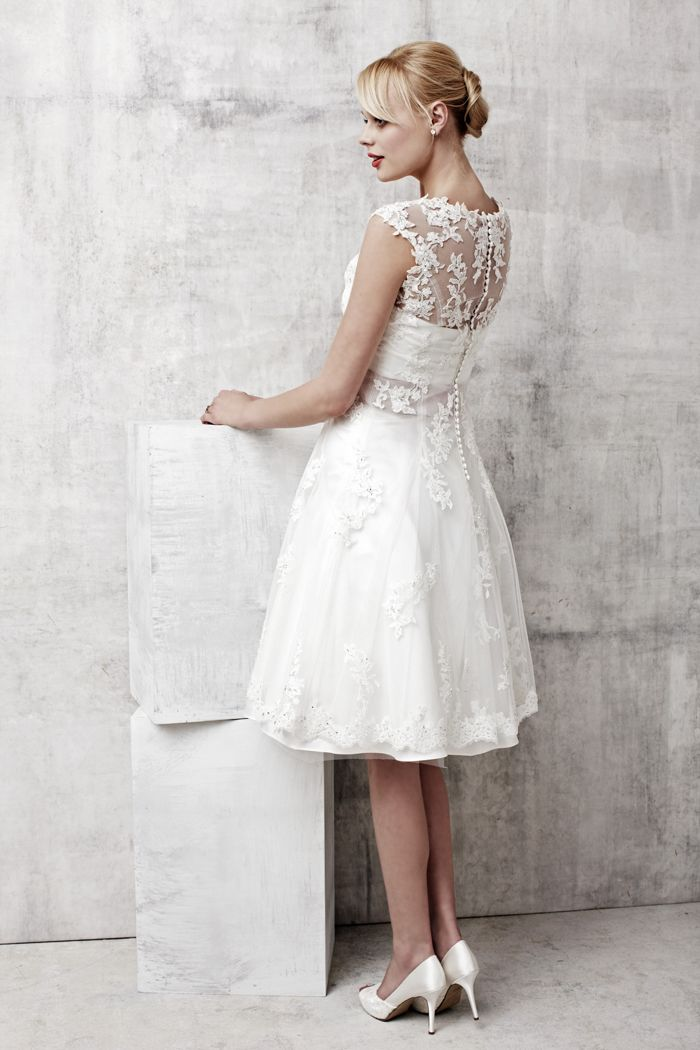 How pretty is this Benjamin Roberts short lace gown