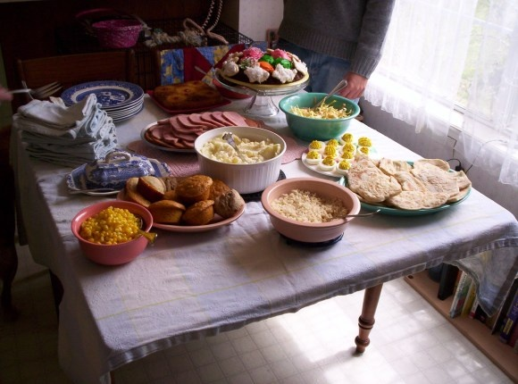 1000 images about easter plans on pinterest homemade for What is a traditional easter dinner