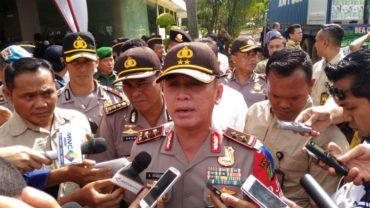 Jakarta - Kapolda Metro Jaya Irjen Pol M Iriawan menjenguk 5 korban perampokan sadis Pulomas di...