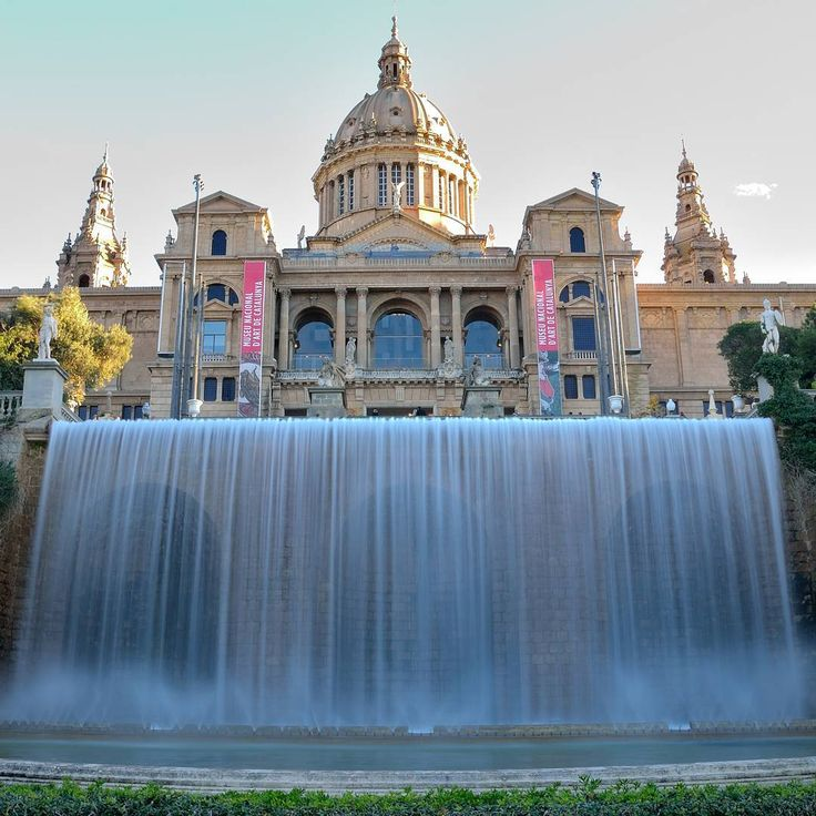 #museonacionalartecatalunya #Barcelona #lovebarcelona #streetphotography #mediterraneo #ciudadesmonumentales #monumentalcities #arquitectura #architecture #freelifestyle #freelife