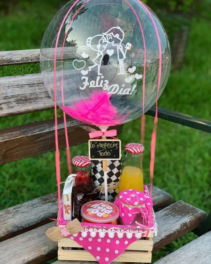 Baby Shawer, Gift Hampers, Balloon Decorations, Diy Paper, Snow Globes, Balloons, Wraps, Gift Wrapping, Cake Pop