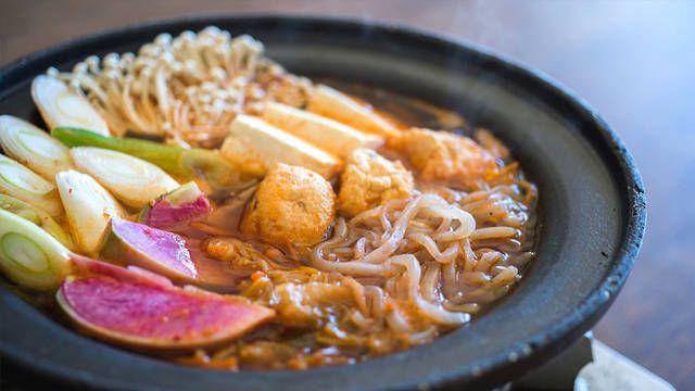 市販スープを使わない本格派!「ピリ辛キムチ鍋」の作り方