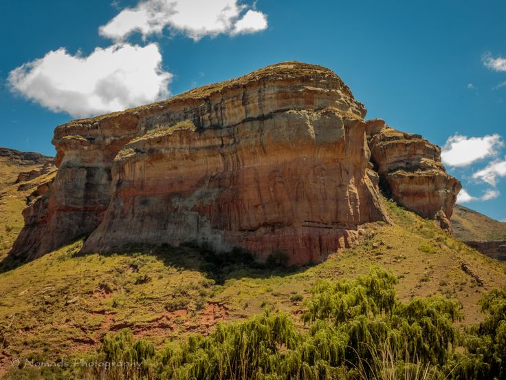 Buttress - Rejuvenation is on offer at Golden Gate Highlands National Park. Spend time in the majestic Maluti Mountains, hiking, horse riding, exploring caves and much more in their indescribable golden glow.