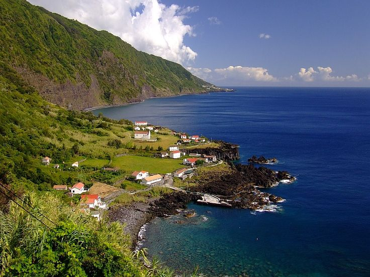 """Deep blue"", S.Jorge island, Azores  (photo by zuza)"
