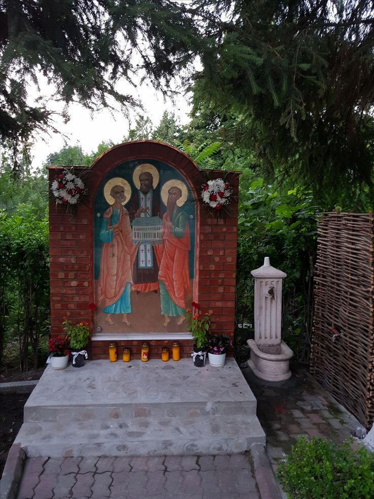 Troița sf apostoli și sf cuv. Serafim de Sarov