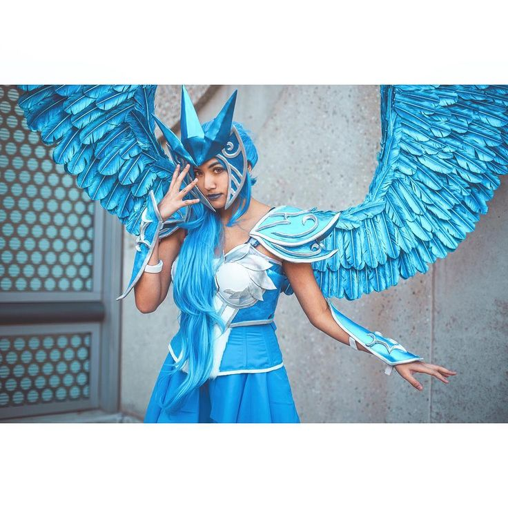 ARTICUNO is a legendary bird POKéMON that can control ice. The flapping of its wings chills the air. As a result it is said that when this POKéMON flies snow will fall. - - - - - @tytalis as Articuno - is this a Jojo reference? - - - - - #articuno #pokemon #pokemongo #legendarypokemon #pokemoncosplay #cosplaygirl #cosplaygirls #moltres #zapdos #womenofcosplay #cosplayarmor #jojosbizarreadventure #pocketmonsters #gottacatchemall #4kids #cosplayphotography #cosplayphotoshoot #sacanime