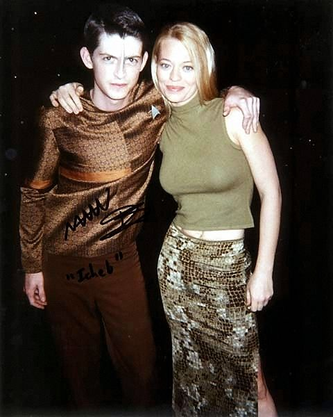 Manu Intiraymi (Icheb) and Jeri Ryan (Seven of Nine)