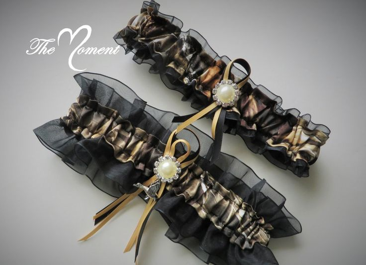 Realtree Camo Garter, Realtree Max 4 Camo Garter Set, Camo Wedding, Black and camo garter