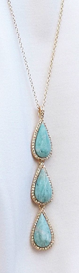 The perfect necklace. Turquoise is a classic that is always in style.